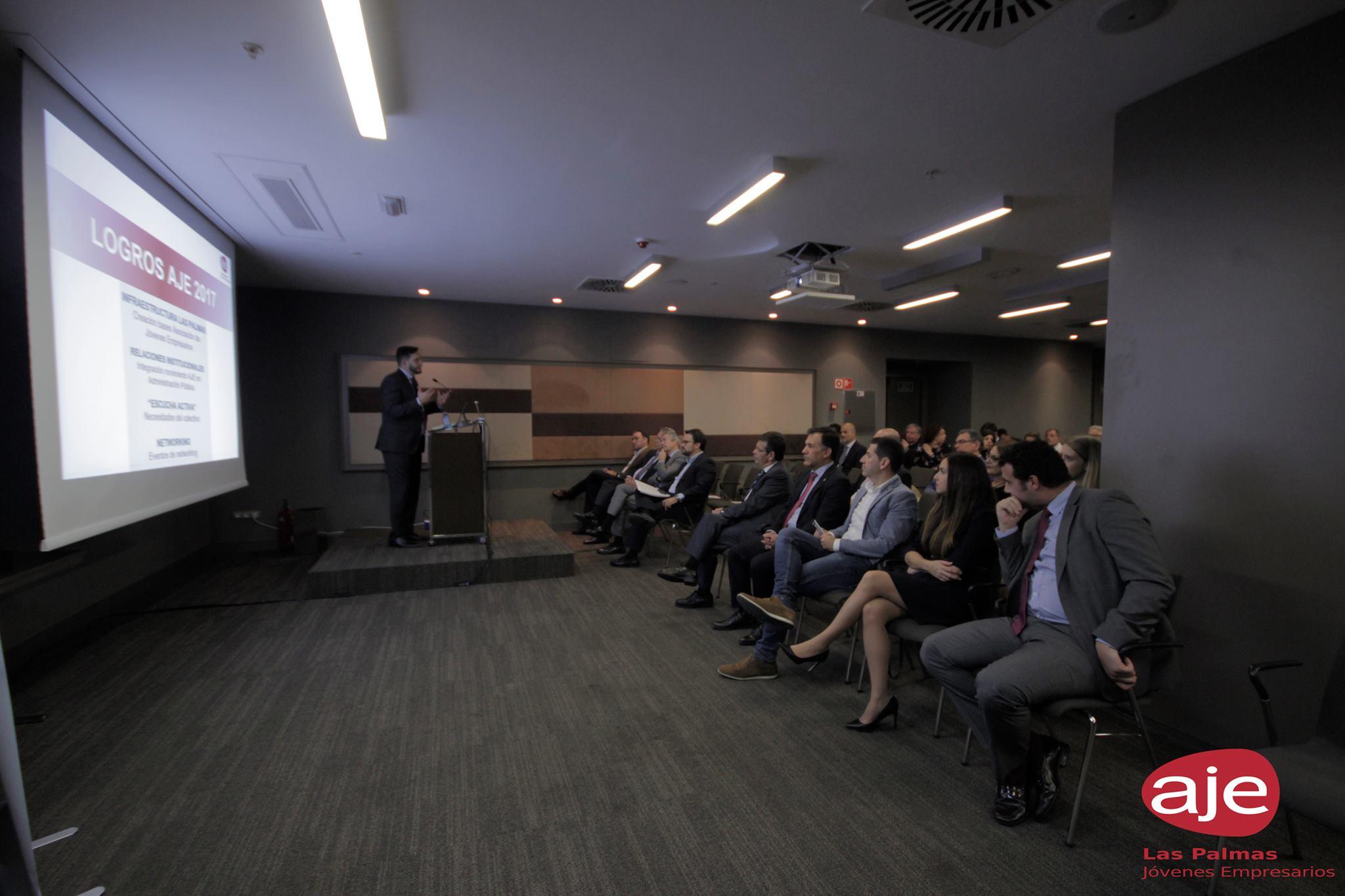Pedro Andueza Avero en la presentación del programa AJE Las Palmas 2018